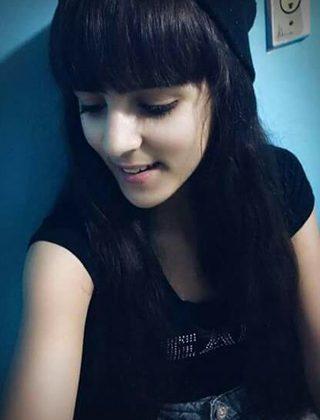 Atualmente, Vanessa usa  franja no cabelo. Foto Divulgação.